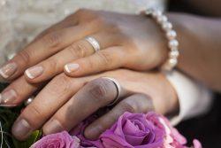 Zwischen Schwangerschafts- und Hochzeitsvorbereitungen: Vier Tipps für die Hochzeit zu dritt