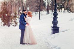 Brautmode für Winterbräute – So bist du zu deiner Hochzeit in der kalten Jahreszeit perfekt gekleidet