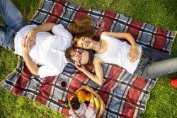 """Der erste Hochzeitstag – romantische Ideen für die """"Papierhochzeit"""""""