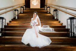 Perfekte Brautkleider für große Frauen