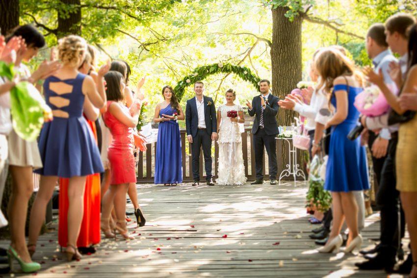 Die hochzeitsfeier im eigenen garten hochzeitsmagazin und blog - Hochzeitsfeier im garten ...