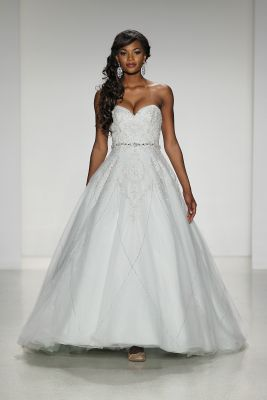 Alfred Angelo Disney Modell Tiana