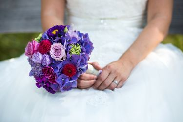 Lilaner Brautstrauß