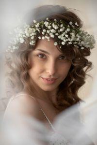 Brautfrisur mit Schleierkraut