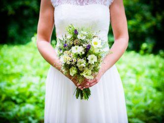 Der Brautstrau in den Hnden