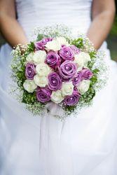 Brautstrauß in creme-lila