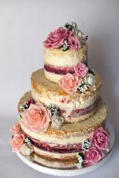 Naked Cake mit Rosen