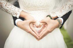 Wenig Geld für die Hochzeit – Tipps zum günstig heiraten